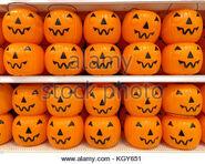 Orange-plastic-halloween-pumpkin-jack-o-lantern-trick-or-treat-buckets-kgy651