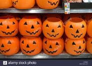 Plastic-halloween-jack-o-lanterns-for-sale-H2PH4K