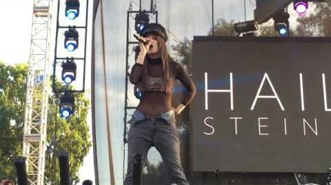 """Hailee Steinfeld Covers Justin Bieber's """"Love Yourself"""" at L.A"""