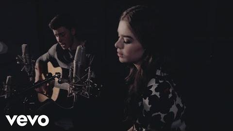 Shawn_Mendes_&_Hailee_Steinfeld_-_Stitches_(Acoustic)