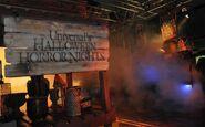 HHN 20 Horror Nights Sign
