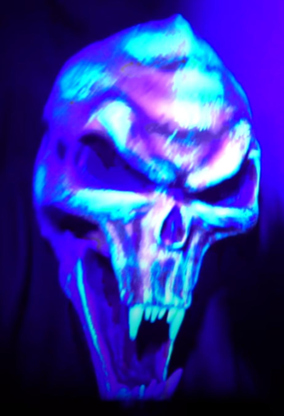 Dark Skull Head Poltergeists