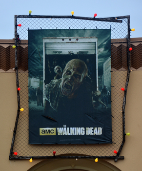 HHN 25 The Walking Dead Front Gate Banner.png