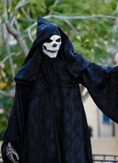 Black Skeletal Stiltwaker 32