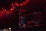 USHHHN-19 0726-M1-Halloween4-0008