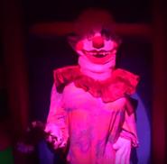 Daisy the Clown Girl Static Figure