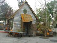 Skoolhouse House