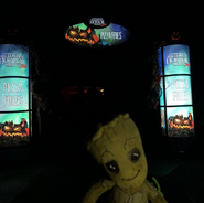 Baby Groot At The Pizza Fries Section (HHN 28)