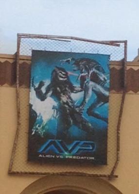 HHN 24 Alien Vs Predator Front Gate Banner.png