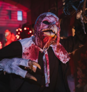 Screenshot 2020-05-25 Halloween Horror Nights ( horrornights) • Instagram photos and videos