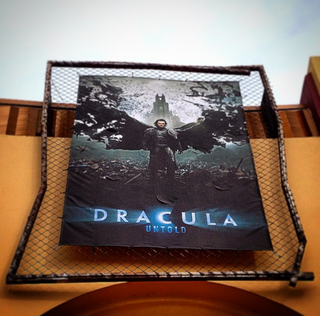 HHN 24 Dracula Untold- Reign of Blood Front Gate Banner.png