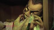 Screenshot 2020-05-15 Alice Cooper - Behind the Screams at Halloween Horror Nights 2011(9)
