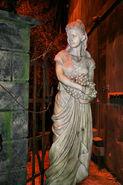 DS Statue