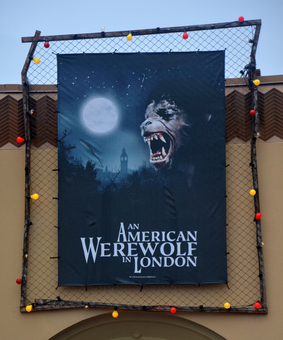 HHN 25 An American Werewolf In London Front Gate Banner.png