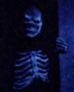 Skeletal Zombie (HHN 28)