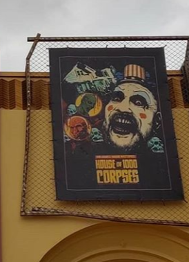 HHN 29 House of 1000 Corpses Front Gate Banner.png