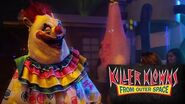 Killer Klowns From Outer Space 4K Nighttime Scare Zone Walkthrough Halloween Horror Nights Universal