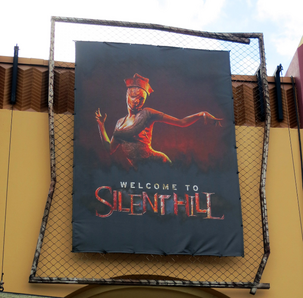 HHN 22 Welcome To Silent Hill Front Gate Banner.png