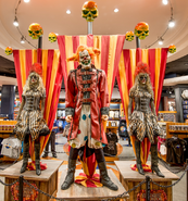 HHN 25 store Jack the Clown Prop