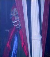 HHN 2001 Clown 4