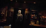 USHHHN-19 0726-M1-Halloween4-0004