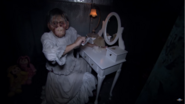 Screenshot 2020-05-17 (60) HHN24 Behind the Scenes – Dollhouse of the Damned - YouTube(9)