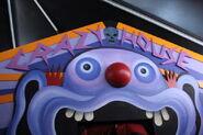Klowns-Crazy-House-620x413