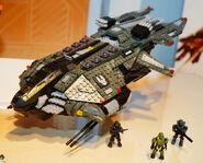 Mega-Bloks-Halo-5-Guardians-Vulture-Set-with-Agent-Locke-640x515