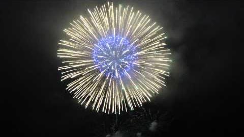 【スマホ撮影】2015港まつり能代の花火 シルバースペシャルスターマイン大玉付き