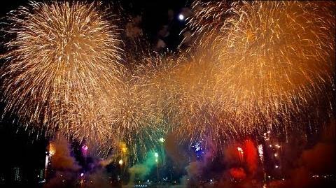 【 足立の花火 ラスト フィナーレ 】 「満開のしだれ桜」の連続 Tokyo Adachi Firewoks Festival