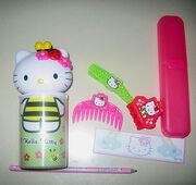 HelloKitty/HappyMeal/Toys-1-.jpg