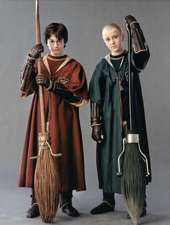 Nimbus Racing Broom Company Harry Potter Through Another Looking Glass Wiki Fandom
