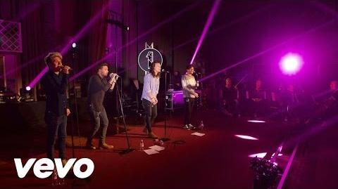 One_Direction_-_FourFiveSeconds_(Rihanna_and_Kanye_West_and_Paul_McCartney_cover_in_the_Live_Lounge)