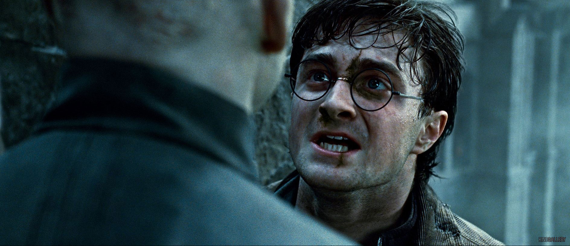 Bchwood/Three New Stills from Deathly Hallows Part 2