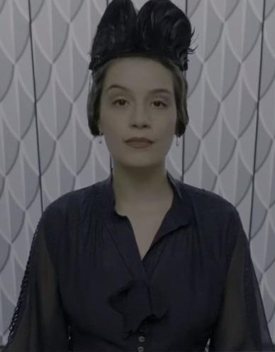 Niezidentyfikowana recepcjonistka we Francuskim Ministerstwie Magii