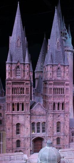 Copy of Harry-Potter-Studio-Tour-Hogwarts-Model-HeyUGuys-48.jpg