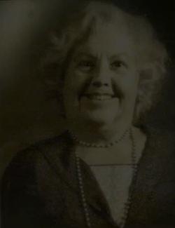 Jacob Kowalski's grandmother