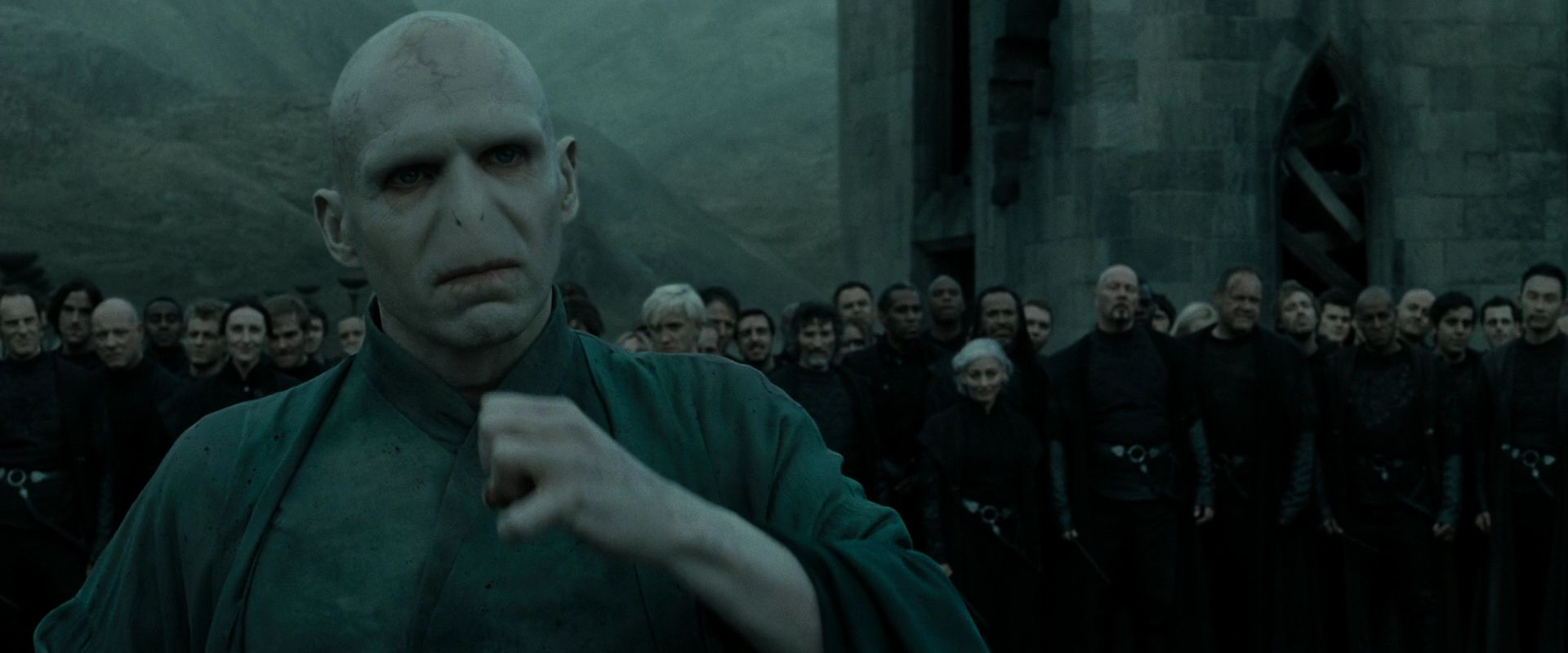 HP-DH-part-2-lord-voldemort-26625088-1920-800.jpg