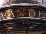 Ollivander: fabbrica di bacchette di qualità superiore dal 382 a.C.