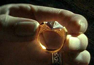 Curse on Marvolo Gaunt's ring