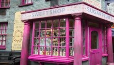 Sugarplums-sweetshop-diagon-alley.jpg