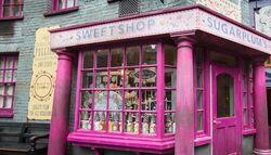 Sugarplums-sweetshop-diagon-alley.jpg