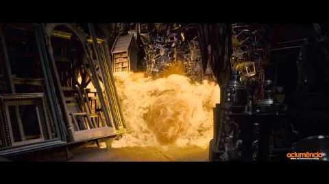 """Harry Potter and the Deathly Hallows - Part Two scene """"Room of Requeriment in fire"""""""