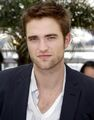 Robert pattinson latest