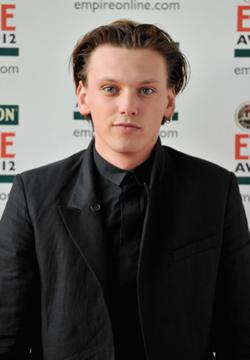 Jamie Campbell Bower.png