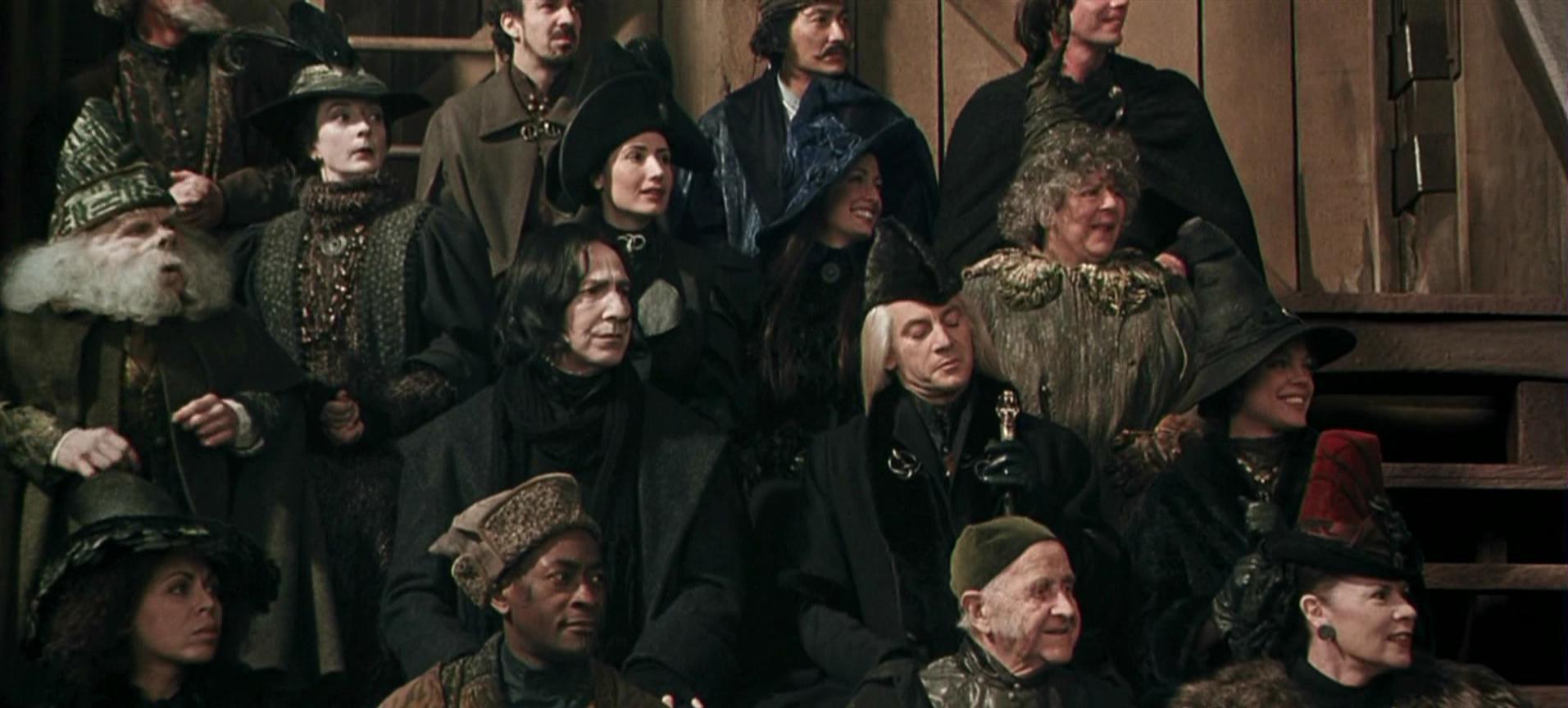 1992 Gryffindor-Slytherin Quidditch match spectators