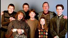 The-weasley-family-harry-potter-9137817-1024-576.jpg