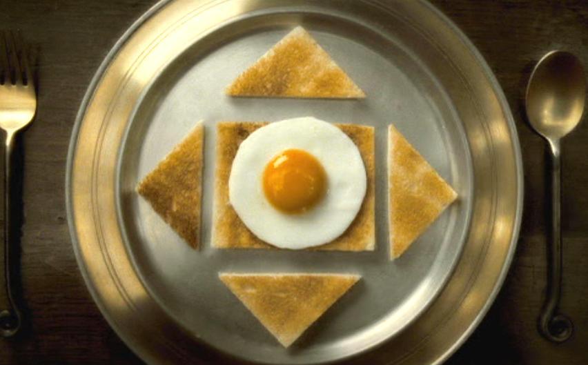 烤面包夹鸡蛋