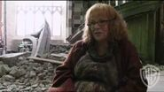 Harry Potter and the Deathly Hallows, Part 2 -- Bellatrix & Molly Weasley Fight Scene