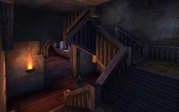Schody między korytarzami drugiego i trzeciego piętra